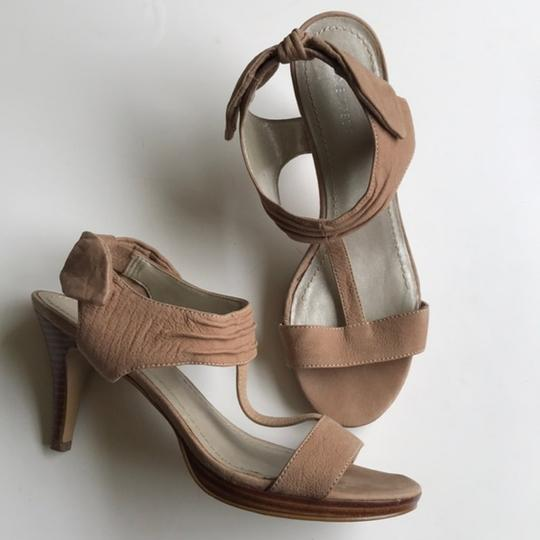Nine West Slingback Bow Heel Tan Sandals Image 2