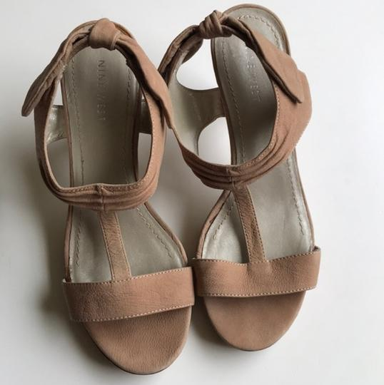 Nine West Slingback Bow Heel Tan Sandals Image 7