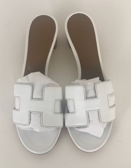 Hermès White Sandals Image 1