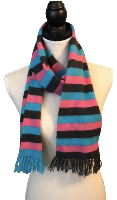 Item - Multi-color Vtg Cashmere Scarf/Wrap