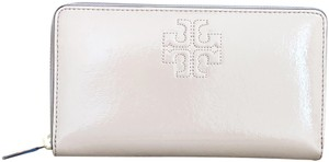 Tory Burch Charlie Patent Leather Zip Continental Wallet