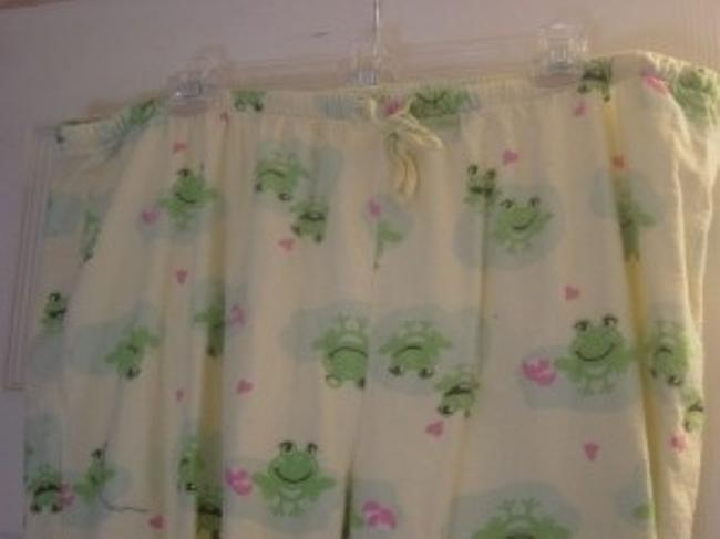 Other Sleep Wear Size 2xl Frogs C Baggy Pants Pale Yellow