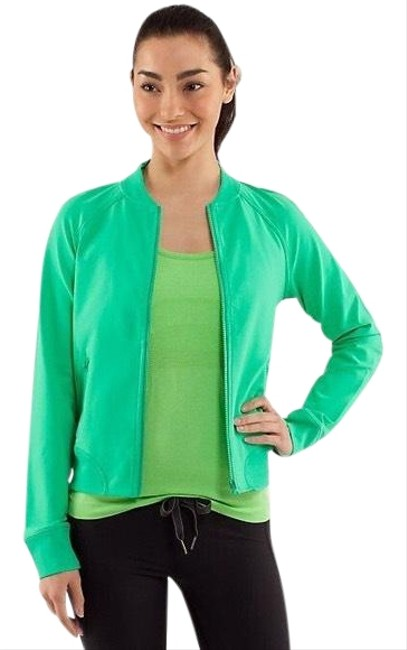 Item - Very Green Om Me Home Activewear Outerwear Size 10 (M)