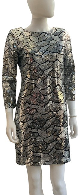 Item - Silver Sequin Mesh Low Back 3/4 Sleeves Mid-length Night Out Dress Size 12 (L)