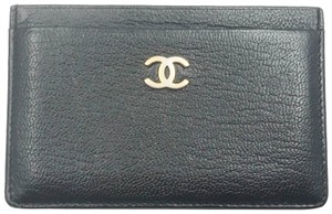 Chanel Chanel Gold CC Black Card Holder