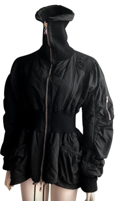 Item - Black Coat Size 6 (S)