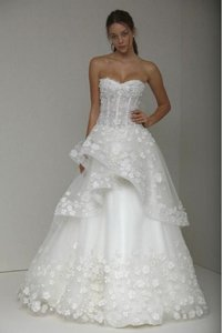 Monique Lhuillier Shades Of Ivory Silk White Floral Embroidered Tulle Sophie Wedding Dress Size 6 (S)
