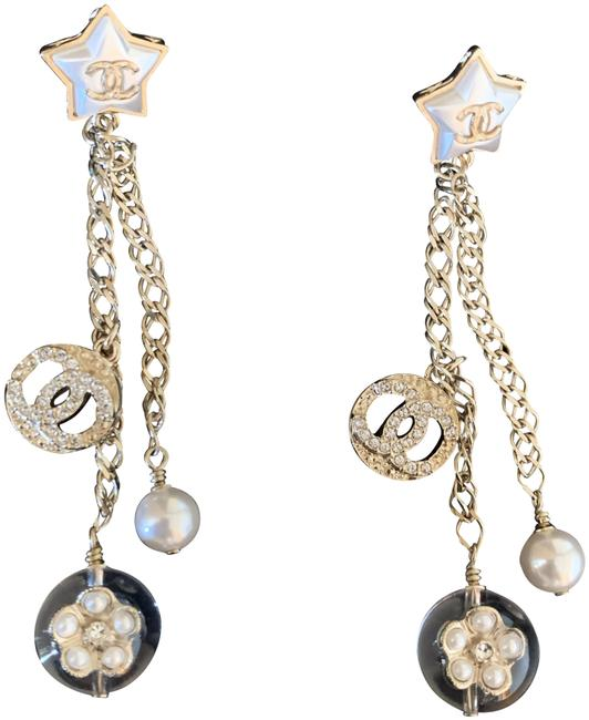 Item - Gold Pearl 2019 Dangling Camellia Captured In Bubble Earrings