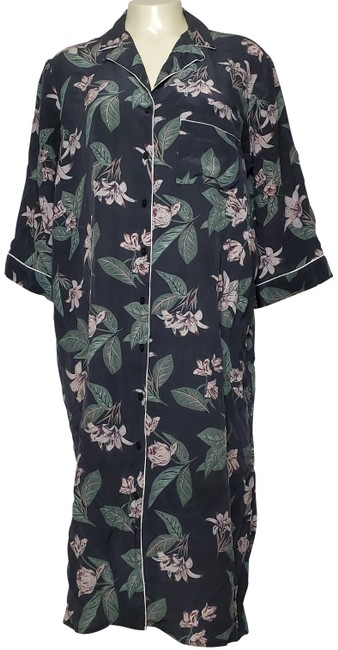 Preload https://img-static.tradesy.com/item/26149556/charcoal-silk-floral-button-front-robe-long-casual-maxi-dress-size-14-l-0-1-650-650.jpg