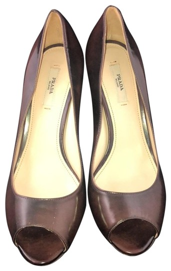 Preload https://img-static.tradesy.com/item/26149606/prada-brown-leather-peep-toe-heels-pumps-size-eu-38-approx-us-8-regular-m-b-0-1-540-540.jpg
