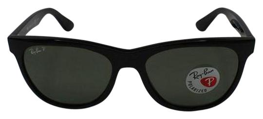 Preload https://img-static.tradesy.com/item/26149616/ray-ban-green-classic-g-15-polarized-lens-and-black-frame-rb4184-6019a-unisex-square-sunglasses-0-1-540-540.jpg