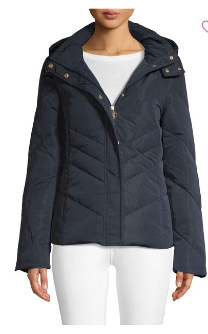 Preload https://img-static.tradesy.com/item/26149643/roberto-cavalli-navy-chevron-down-and-feather-quilted-jacket-coat-size-6-s-0-0-650-650.jpg