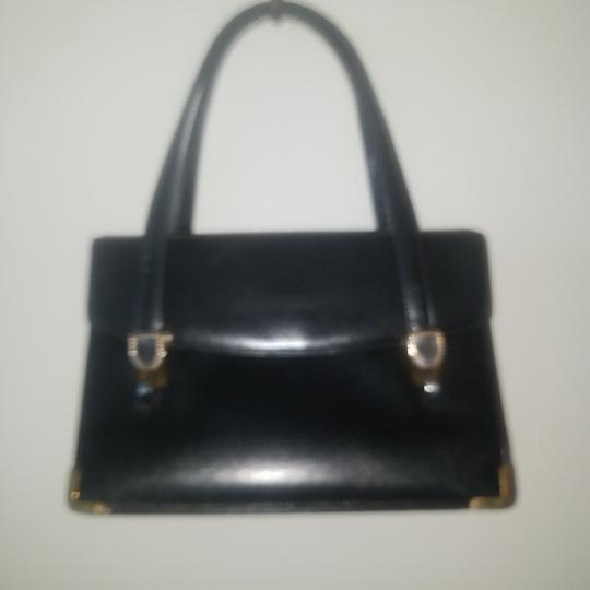 Preload https://item5.tradesy.com/images/koret-vintage-purse-with-attached-change-purse-black-leather-satchel-26149674-0-0.jpg?width=440&height=440