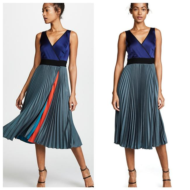 Preload https://item2.tradesy.com/images/diane-von-furstenberg-colorblock-satin-midi-mid-length-cocktail-dress-size-0-xs-26149726-0-0.jpg?width=400&height=650