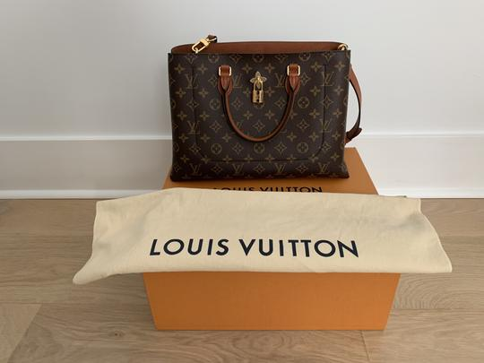 Louis Vuitton Tote in Caramel Image 6
