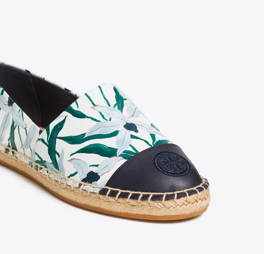Tory Burch ivory desert bloom/ perfect navy Flats Image 2