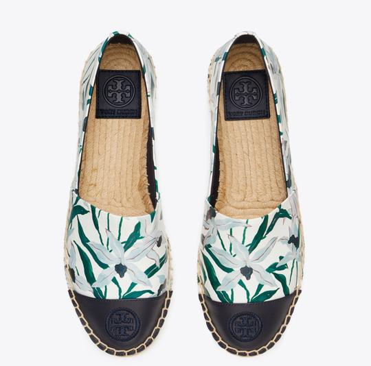Tory Burch ivory desert bloom/ perfect navy Flats Image 3