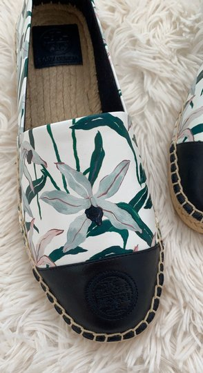Tory Burch ivory desert bloom/ perfect navy Flats Image 7