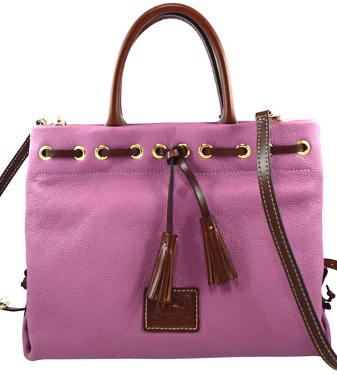 Preload https://img-static.tradesy.com/item/26149902/dooney-and-bourke-tassel-pink-mauve-leather-satchel-0-1-540-540.jpg