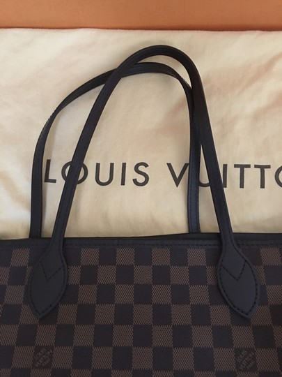 Louis Vuitton Tote in Red Image 2