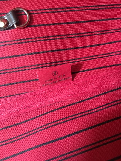 Louis Vuitton Tote in Red Image 5