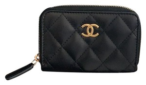 Chanel zippy card o