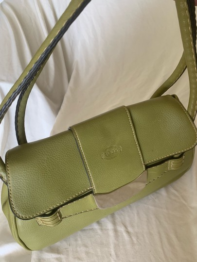 Tod's Satchel in lime green Image 2