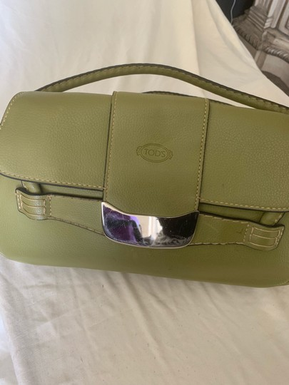 Tod's Satchel in lime green Image 7
