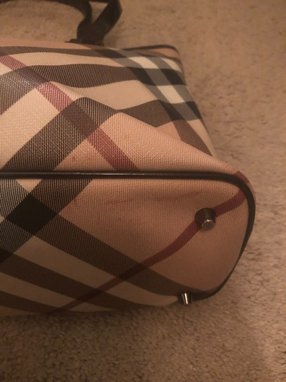 Burberry Tote Image 4