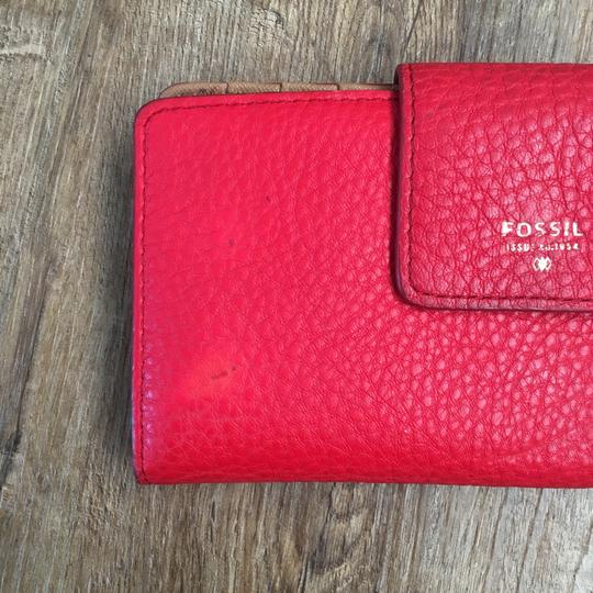 Fossil Wristlet in red Image 2