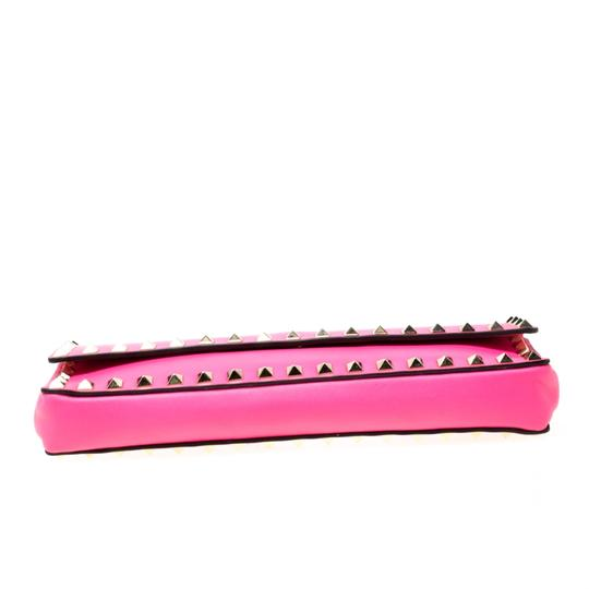 Valentino Leather Studded Signature Pink Clutch Image 4