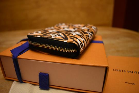 Louis Vuitton Limited Edition Jungle Monogram Zippy Coin Purse Wallet NEW IN BOX! Image 5