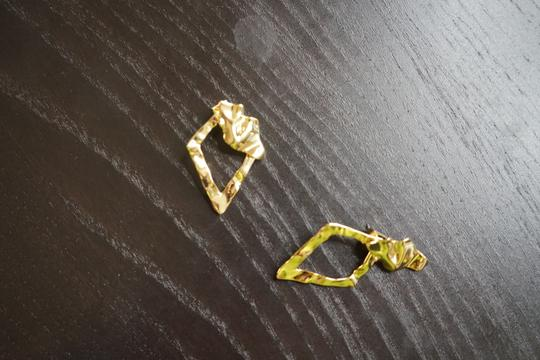 Alexis Bittar Alexis Bitter Gold Earrings Image 5