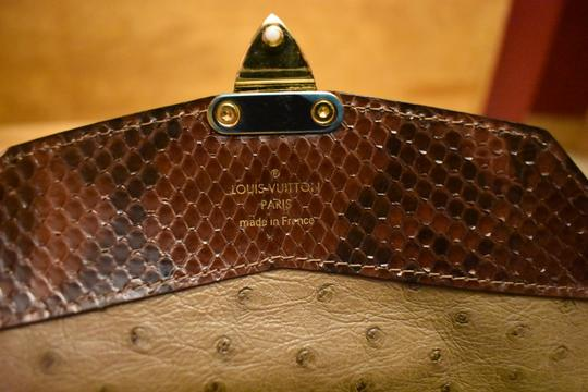 Louis Vuitton RARE Lizard Ostrich and Coated Canvas Natural Majestueux Wallet Image 11