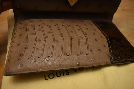Louis Vuitton RARE Lizard Ostrich and Coated Canvas Natural Majestueux Wallet Image 9
