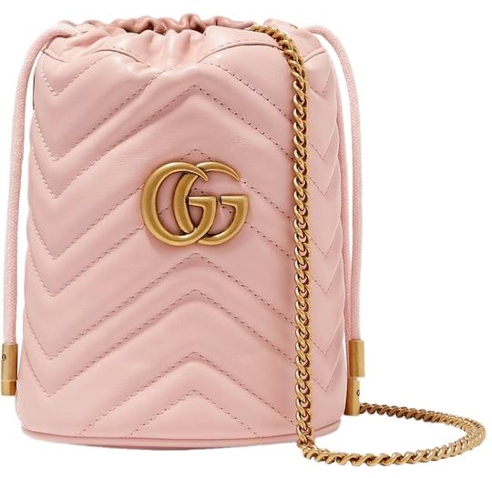 Preload https://img-static.tradesy.com/item/26156172/gucci-bucket-marmont-gg-mini-quilted-leather-cross-body-bag-0-1-540-540.jpg