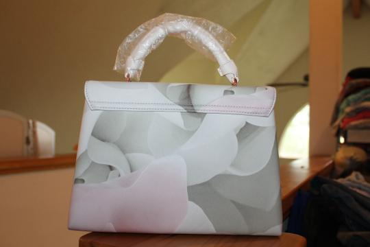 Ted Baker Satchel in pink and puddy Image 5