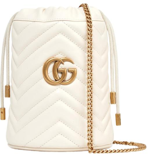 Preload https://img-static.tradesy.com/item/26156185/gucci-bucket-marmont-gg-mini-quilted-leather-cross-body-bag-0-1-540-540.jpg