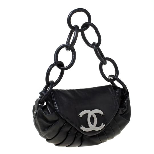 Chanel Leather Nylon Shoulder Bag Image 4