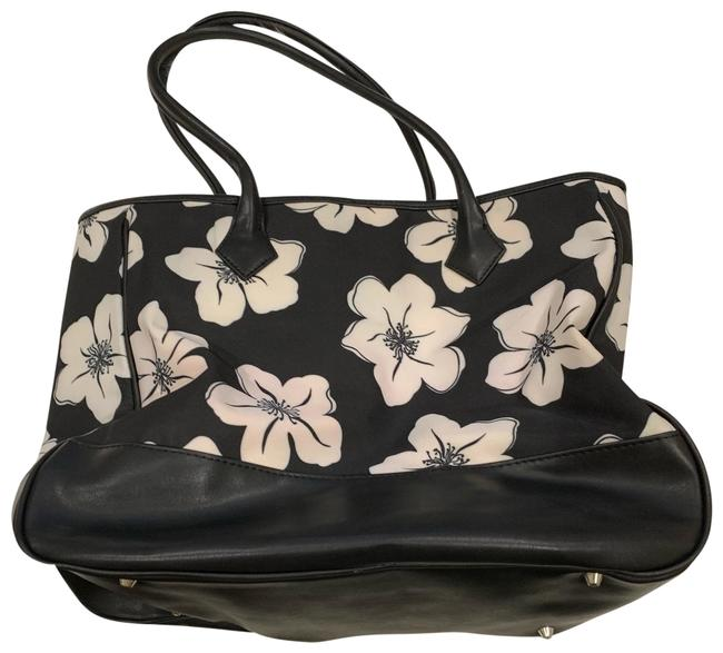 Item - Classic Floral Black White Red Tote