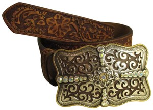 Justin tooled leather with rhinestone buckle