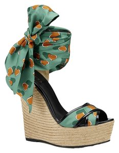 Gucci Wedges Satin Hearts Size 8 Green Sandals