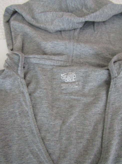 Nike Nike, The Athletic Dept. Pull over hoodie, size Medium Image 2