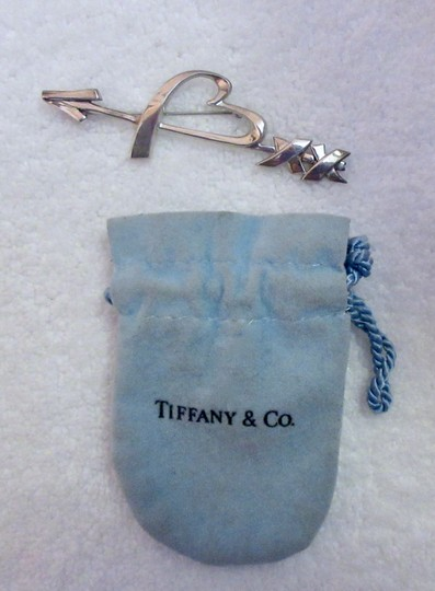 Tiffany Vintage Arrow Sterling Silver Pin Brooch Heart Kiss Signed Image 5