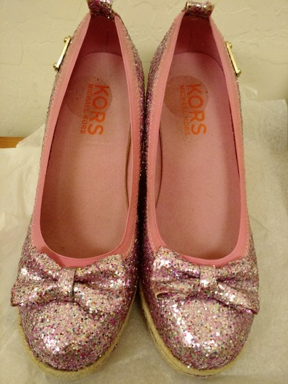 Michael Kors Tomato Closed Toes Us Size 7 Bow Pink Silver Platforms Image 2