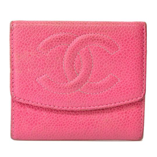 Preload https://img-static.tradesy.com/item/26159659/chanel-pink-cc-caviar-skin-leather-compact-purse-coin-coco-wallet-0-0-540-540.jpg