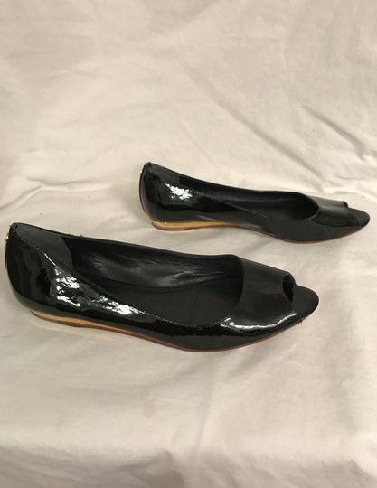 Tory Burch Patent Leather Flat Pumps Open Toe Peep Toe Black gold Wedges Image 6
