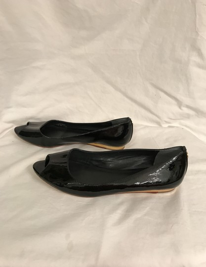 Tory Burch Patent Leather Flat Pumps Open Toe Peep Toe Black gold Wedges Image 7