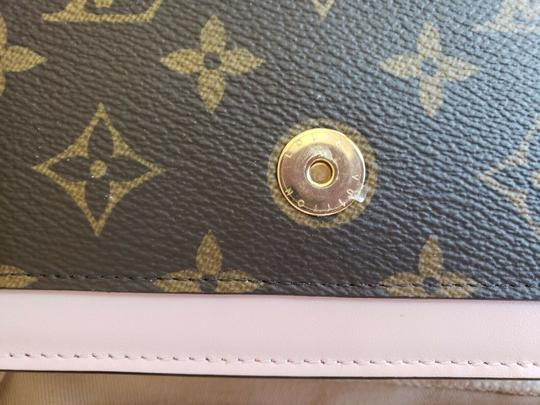 Louis Vuitton Chain Floral Wallet Cross Body Bag Image 2