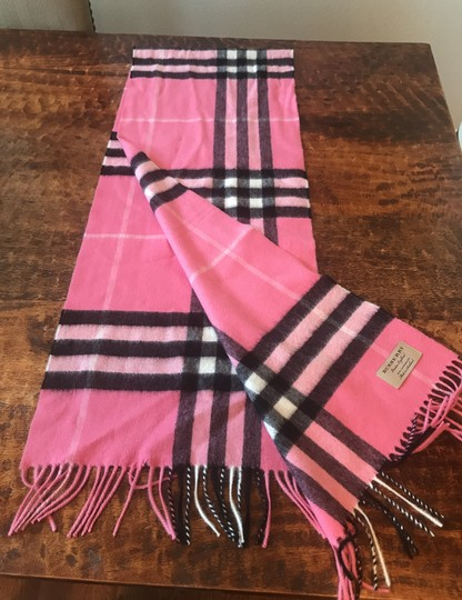 Burberry Heritage Giant Check Fringed Cashmere Muffler Image 3